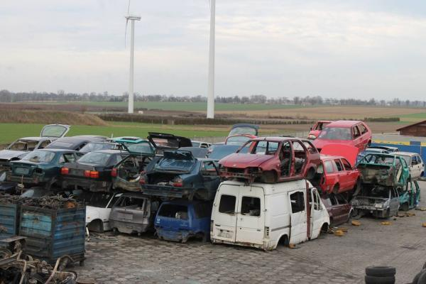 Zezłomowane samochody 56